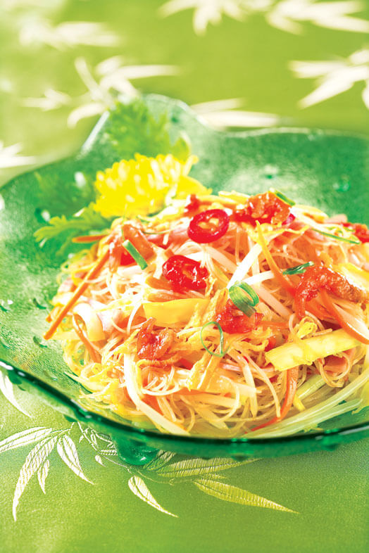 Fried Rice Noodle with Belachan